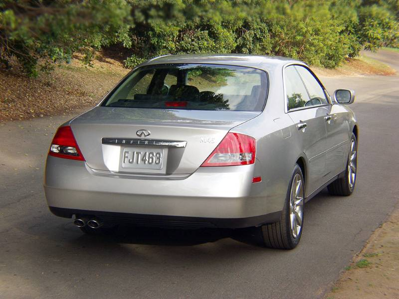 2003 2004 Infiniti M45 Modern Racer Auto Archive Pictures