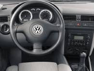 Standard Equipment On All 2004 Volkswagen Jetta Models Includes Ist Rack And Pinion Steering Four Wheel Disc Brakes Season Tires