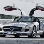 2011-Mercedes-Benz-SLS-AMG