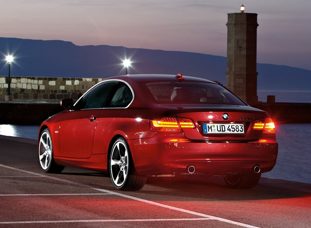 2011 bmw 3 series coupe modernracer cars commentary. Black Bedroom Furniture Sets. Home Design Ideas