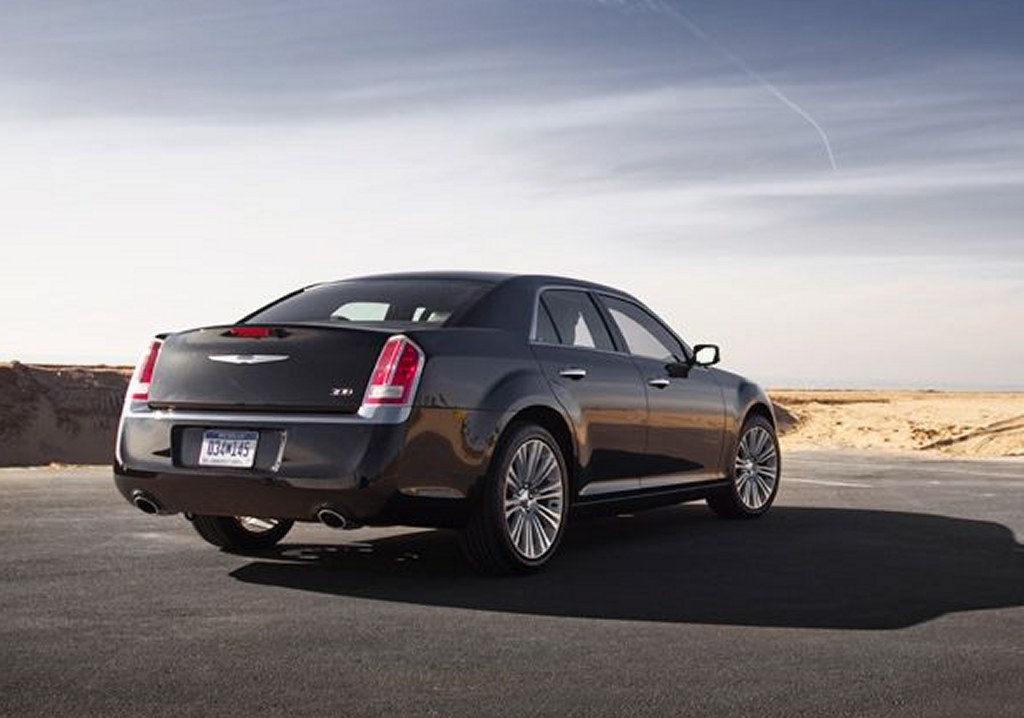 2011 Chrysler 300 Reviews