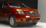 IIHS Crash Test - 2010 Nissan Sentra US-spec vs 2010 Nissan Rogue US-spec 2