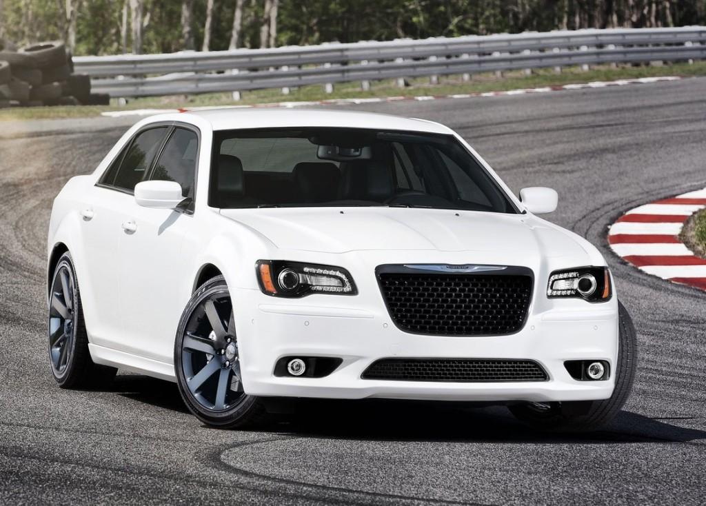 2012 Chrysler 300C SRT8 | ModernRacer Cars & Commentary