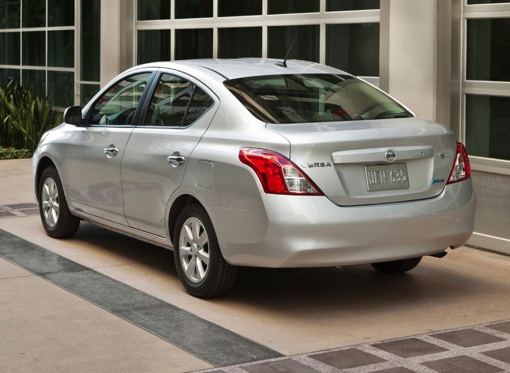 2012 Nissan Versa Sedan 3