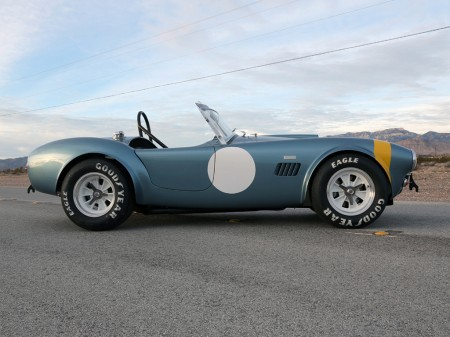 007-50th-anniversary-fia-shelby-cobra-1
